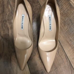 Manolo Blahnik classic pump, beautiful condition